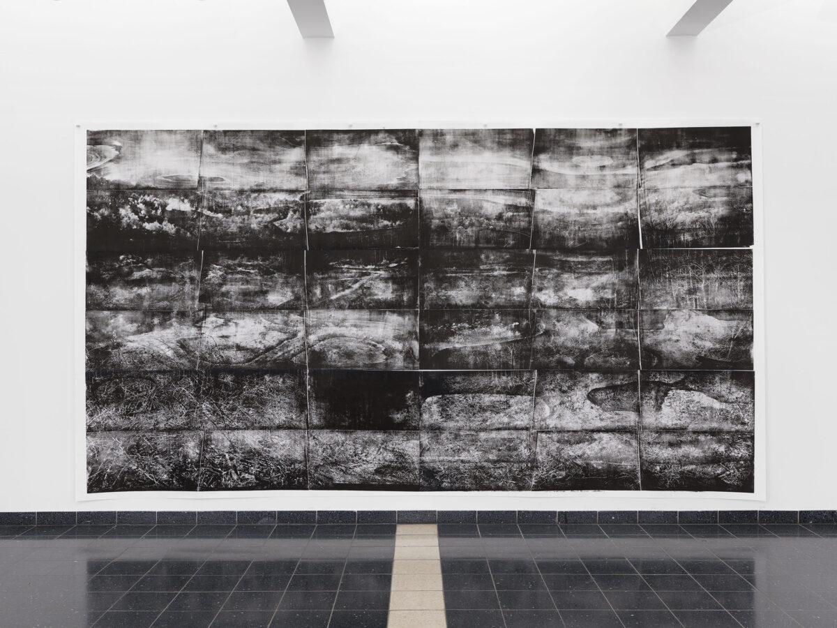 Kunsthalle Darmstadt, Ausstellung, Installation view: Size, Genaro Strobel 2021 Grube Messel León Krempel